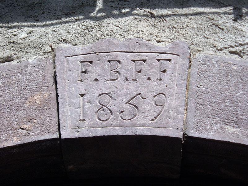 Riapre il BANDO per il restauro dei portali in pietra della Valle Camonica [fino al 31 ottobre]