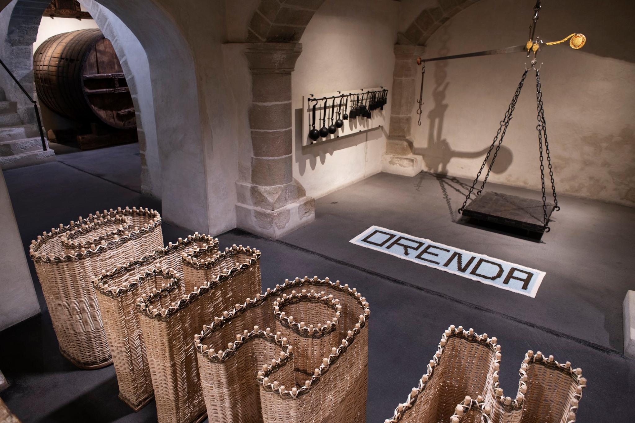 """dettagli dell'opera """"La Ragione nelle Mani"""" esposta alla Maison Tavel di Ginevra, 2021"""
