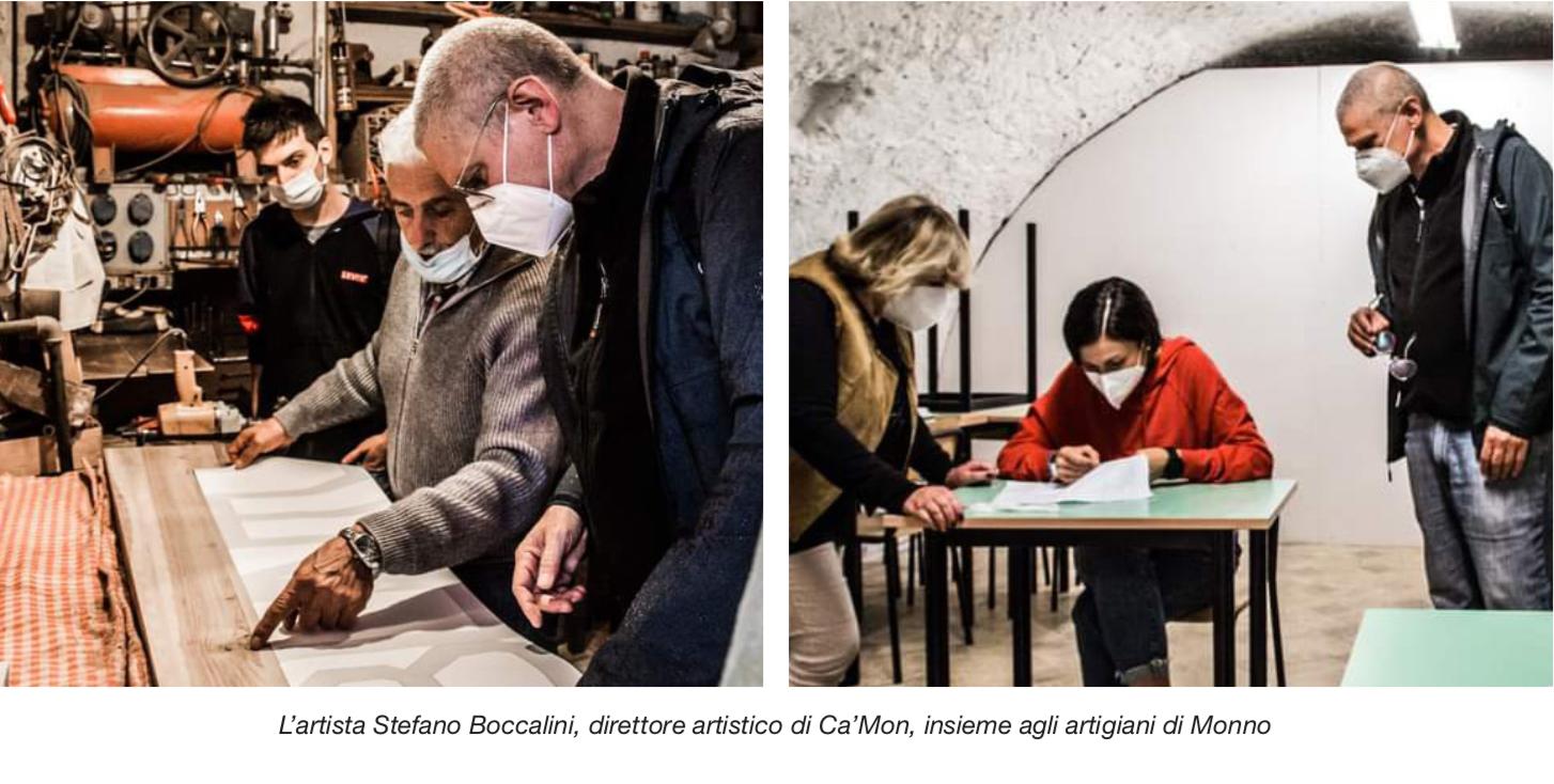 Stefano Boccalini, direttore artistico di Ca'Mon, insieme agli artigiani di Monno